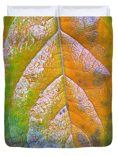 Duvet Cover featuring the photograph Leaf by Bill Owen