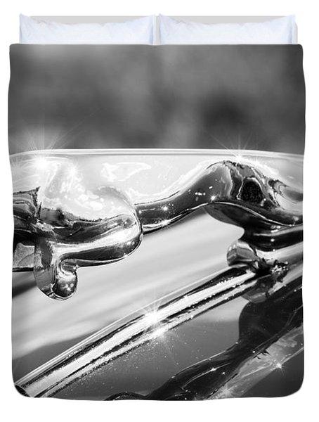 Leaping Jaguar Duvet Cover by Sebastian Musial
