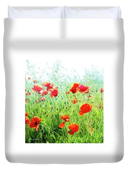 Duvet Cover featuring the photograph Libres by Alfonso Garcia