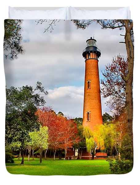 Lighthouse At Currituck Beach Duvet Cover by Nick Zelinsky