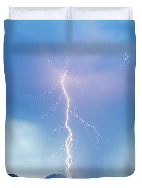 Lightning Twine Striking The Colorado Rocky Mountain Foothills Duvet Cover