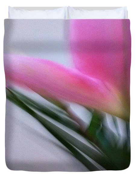 Lily In Motion Duvet Cover