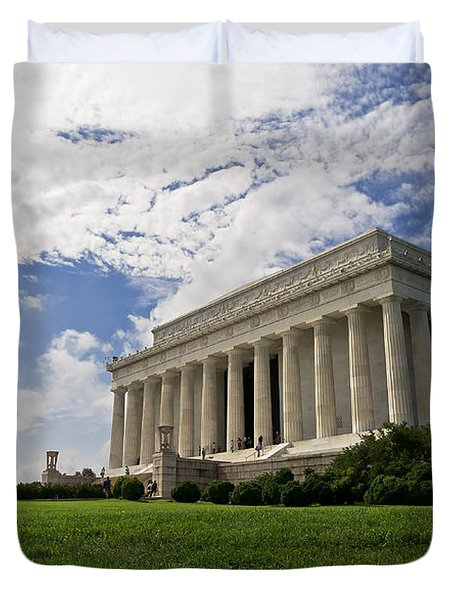 Lincoln Memorial And Sky Duvet Cover