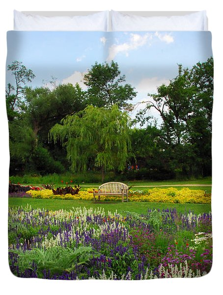 Duvet Cover featuring the photograph Lincoln Park Gardens by Lynn Bauer