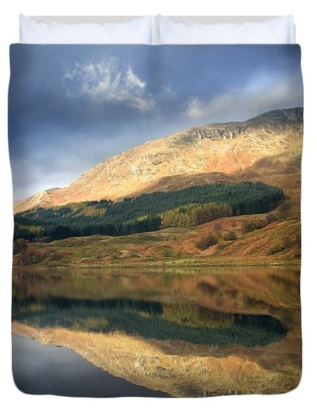 Duvet Cover featuring the photograph Loch Lobhair, Scotland by John Short