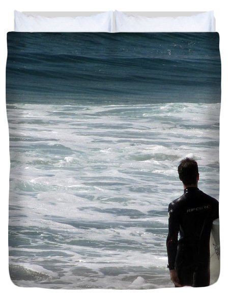 Looking For The Big One Duvet Cover by Laurie Search