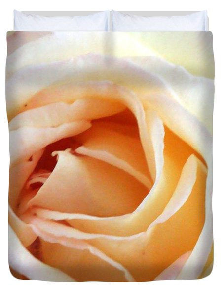 Duvet Cover featuring the photograph Love Unfurling by Vonda Lawson-Rosa
