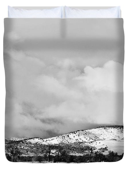 Low Winter Storm Clouds Colorado Rocky Mountain Foothills Bw Duvet Cover