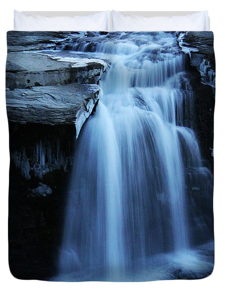 Duvet Cover featuring the photograph Lundbreck Falls by Alyce Taylor