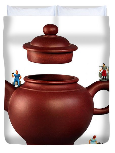 Making Green Tea On A Clay Teapot Duvet Cover by Paul Ge