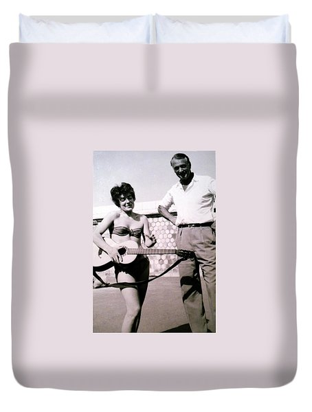 Mama Chris And Gary Cooper In Monte Carlo 1958 Duvet Cover