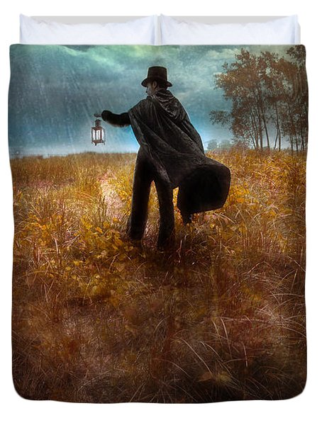 Man In Top Hat And Cape Walking In Rain Duvet Cover by Jill Battaglia