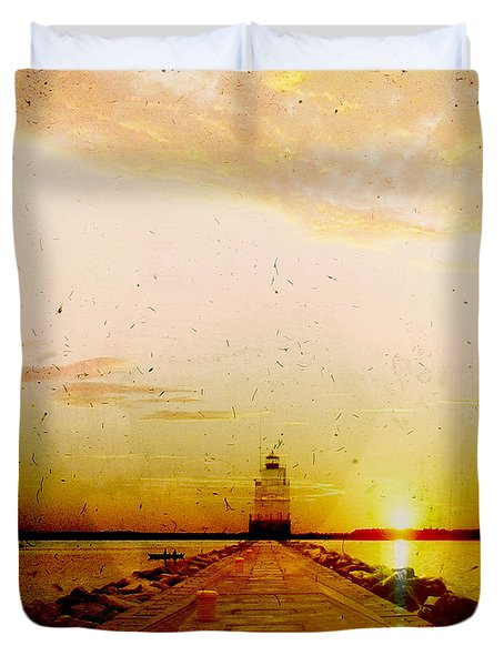 Manitowoc Breakwater Lighthouse Duvet Cover