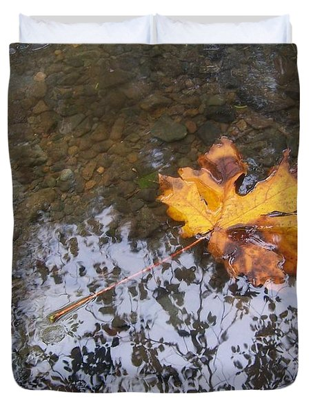 Maple Leaf Reflection 3 Duvet Cover