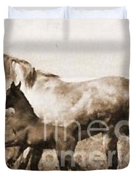 Duvet Cover featuring the photograph Mare And Foal by Vonda Lawson-Rosa