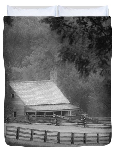 Mariah Wright House Appomattox Virginia Duvet Cover by Teresa Mucha