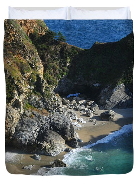 Duvet Cover featuring the photograph Mcway Falls by Lynn Bauer