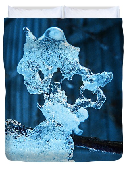 Duvet Cover featuring the photograph Meet The Ice Sculpture by Steve Taylor
