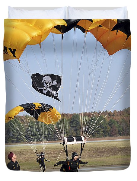 Members Of The Golden Knights Parachute Duvet Cover by Stocktrek Images