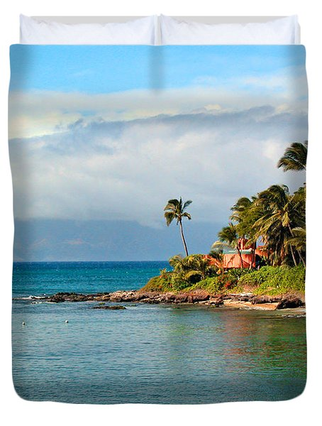 Memories Of Maui Duvet Cover by Lynn Bauer