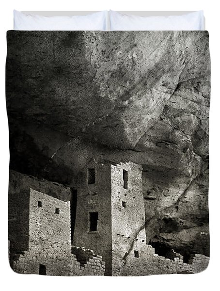 Mesa Verde - Monochrome Duvet Cover by Ellen Heaverlo