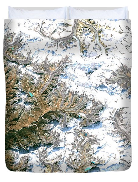 Mount Everest  Duvet Cover by Planet Observer and Photo Researchers