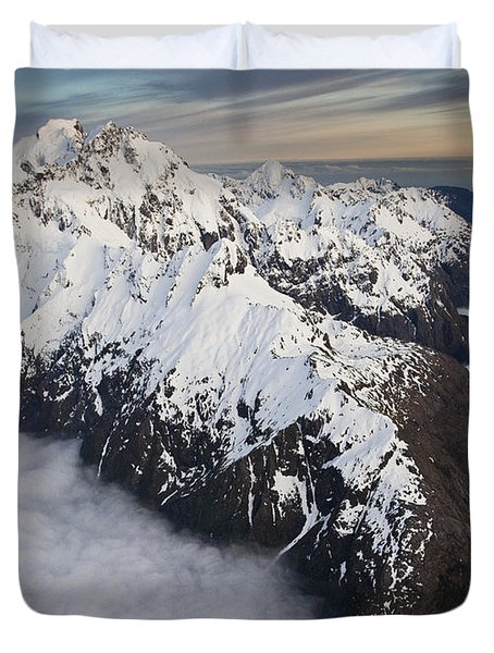 Mount Tutoko At Dawn In Fiordland Np Duvet Cover by Colin Monteath