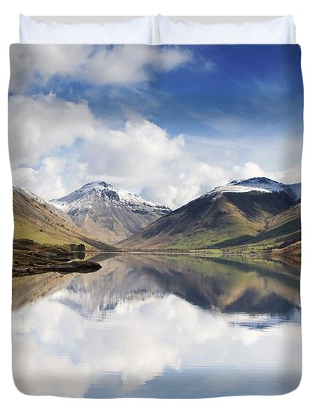Duvet Cover featuring the photograph Mountains And Lake, Lake District by John Short