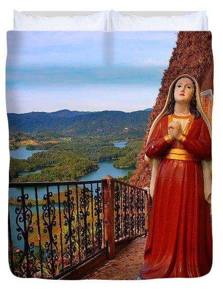 Mujer De La Piedra Duvet Cover by Skip Hunt