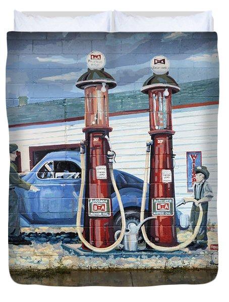 Mural Art At Consul Duvet Cover by Bob Christopher