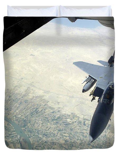 N F-15e Strike Eagle Receives Fuel Duvet Cover by Stocktrek Images