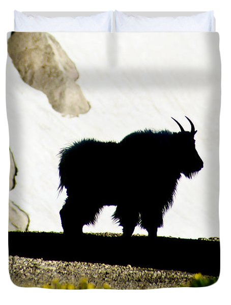 Duvet Cover featuring the photograph Nature's Silhouette by Colleen Coccia