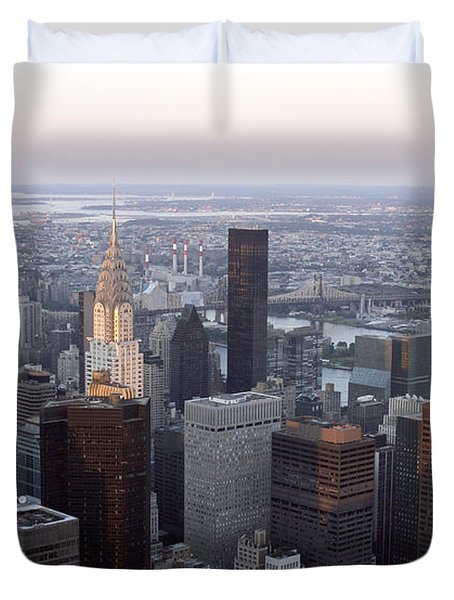 Duvet Cover featuring the photograph New York by Milena Boeva