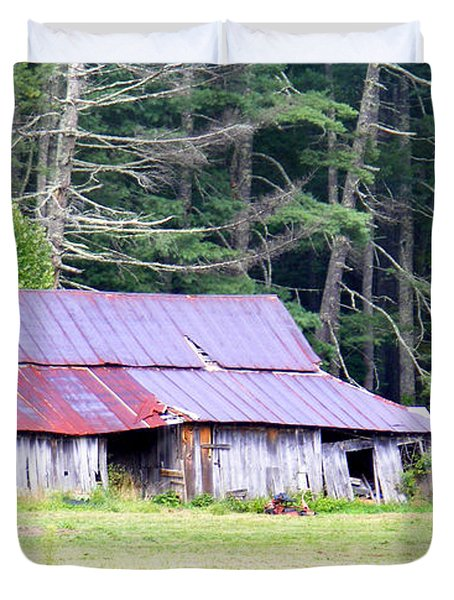 Old Barn Near Cashiers Nc Duvet Cover