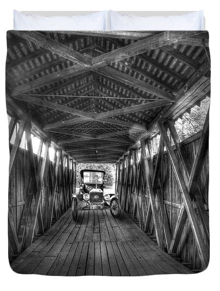 Old Car On Covered Bridge Duvet Cover by Dan Friend