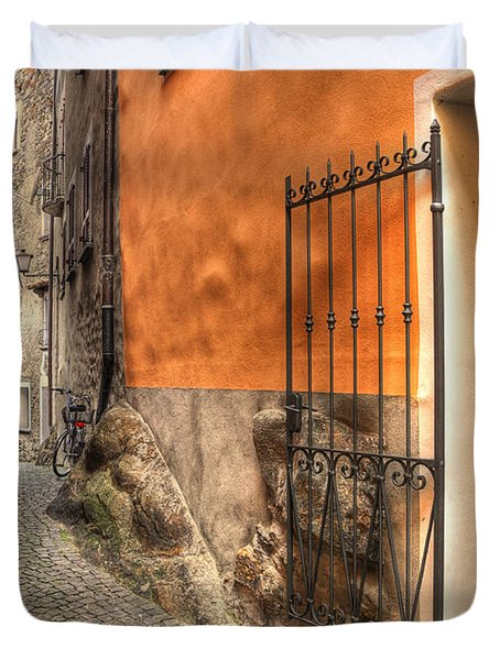 Old Colorful Rustic Alley Duvet Cover