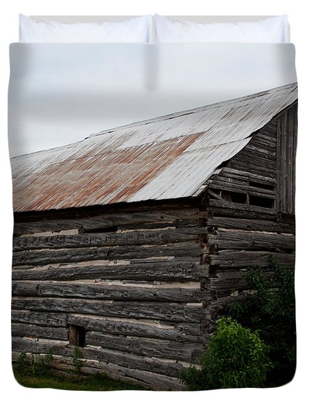 Duvet Cover featuring the photograph Old Log Building by Barbara McMahon