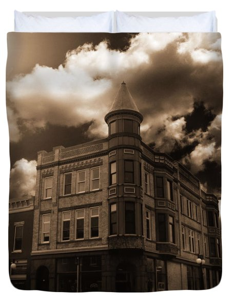Old Menominee Corner Store Building Duvet Cover
