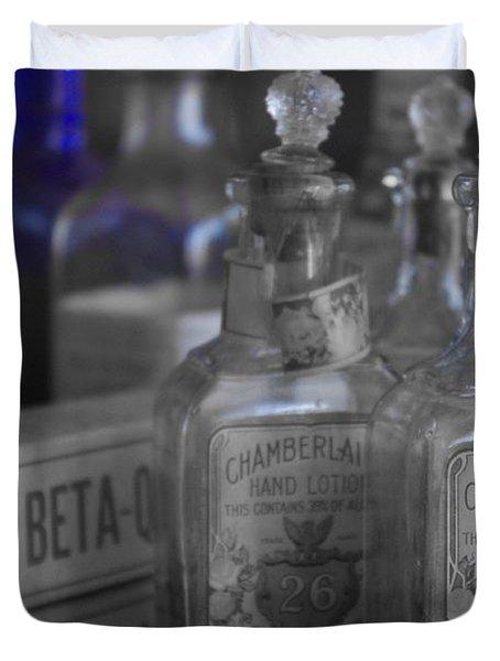 Duvet Cover featuring the photograph Old West 13 by Deniece Platt