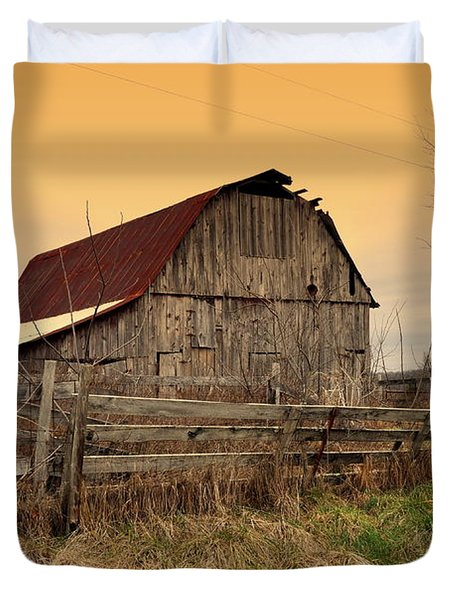 Ozark Barn 1 Duvet Cover by Marty Koch