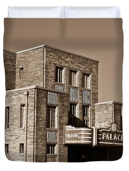 Palace Theater Crossville 5 Duvet Cover