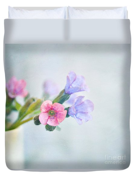Pale Pink And Purple Pulmonaria Flowers Duvet Cover