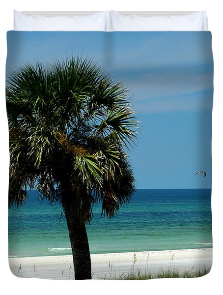 Palmetto And The Beach Duvet Cover by Susanne Van Hulst