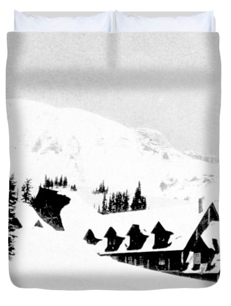 Paradise Inn Buried In Snow, 1917 Duvet Cover by Science Source