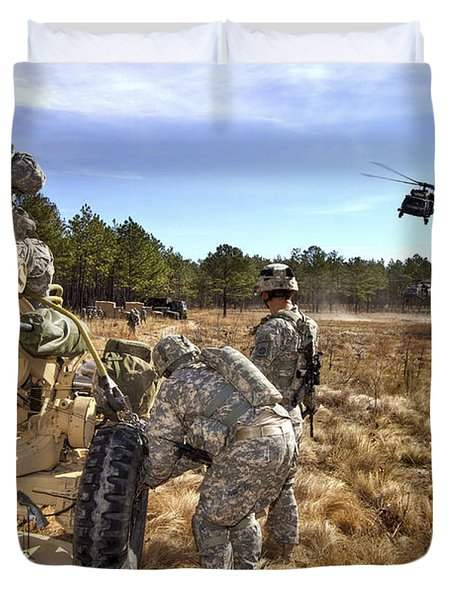 Paratroopers Prepare To Hook Up An Duvet Cover by Stocktrek Images