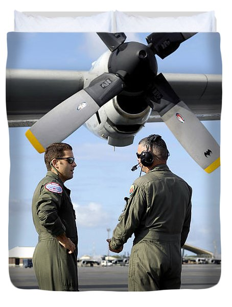 Personnel Conduct A Pre-flight Briefing Duvet Cover by Stocktrek Images
