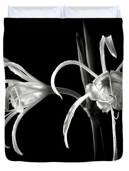 Peruvian Daffodil In Black And White Duvet Cover
