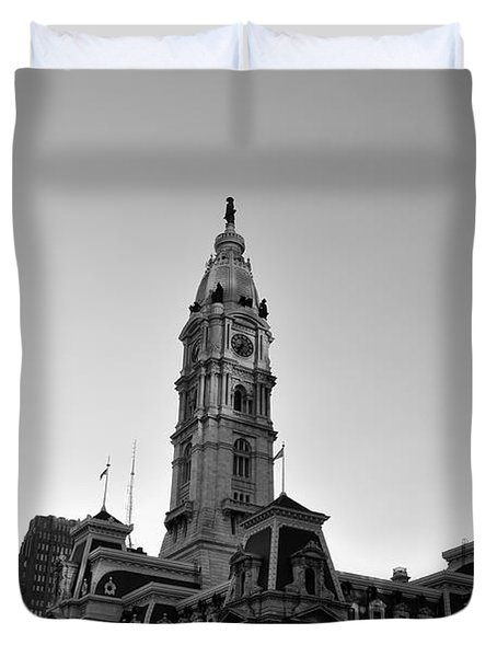 Philadelphias City Hall In Black And White Duvet Cover by Bill Cannon