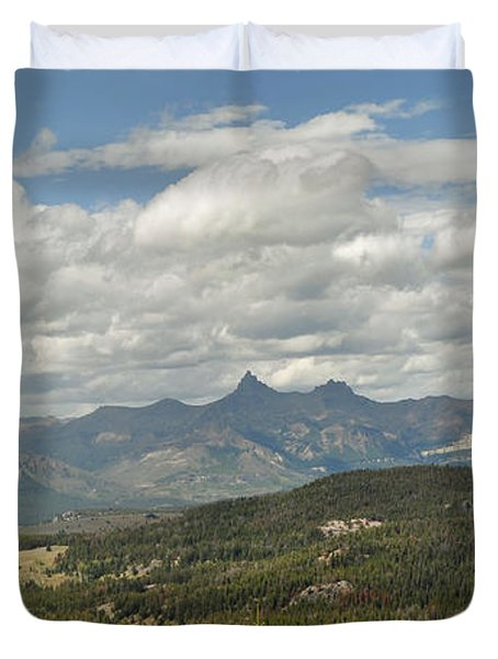 Pilot Peak Panorama Duvet Cover
