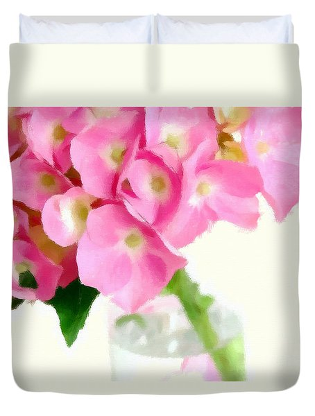 Pink Hydrangea In A Glass Vase Duvet Cover by Anne Kitzman
